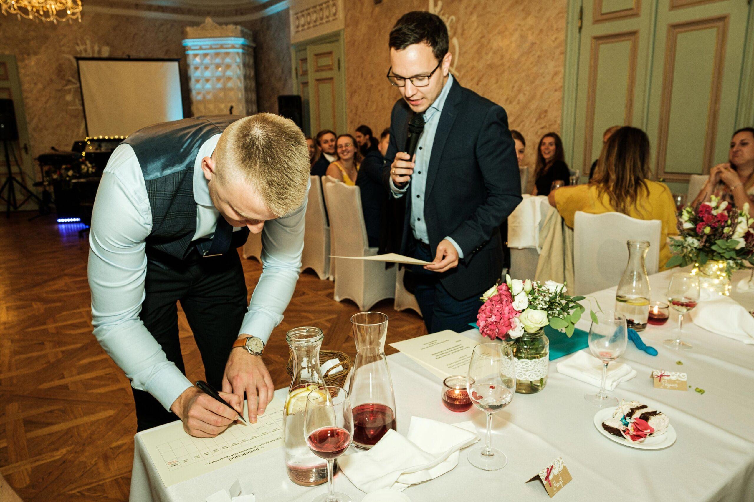 Parim-tunnustatud-pulmaisa-Jakob-Gill
