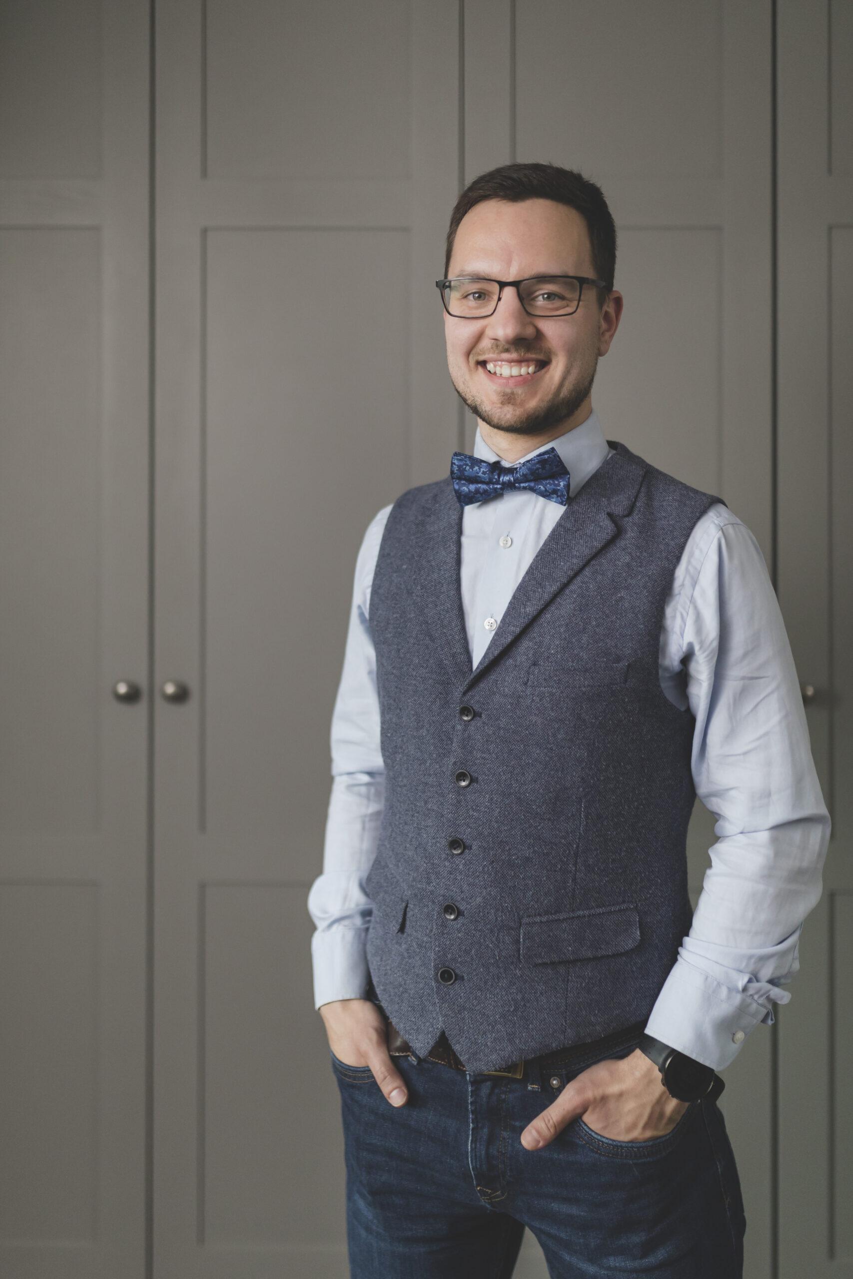 Kontakt-soovitage-pulmaisa-Jakob-Gill